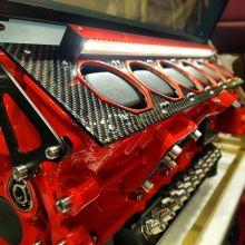 Watch in Motion Remontoir V12 Ferrari 612 Scaglietti - Rouge